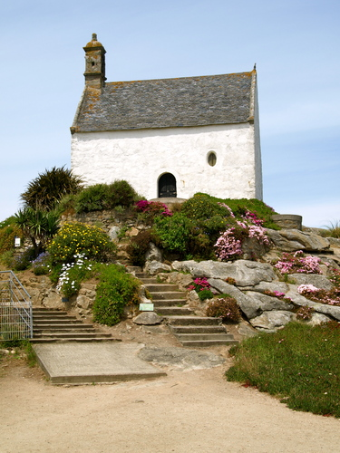 The fishermen's white chapel, the Chapelle St Barbe, makes a good vantage point while waiting for your ferry back to Ireland - particularly when the tide is in. Took this photo in 2008.