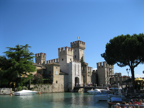 Like almost everything else in the area, Rocca Scalgera (also known as Sirmione Castle) was built by one of the great families of Verona. The Della Scallas got their wealth and power the really old fashioned way -- they inherited it. And the only way to hold onto power like that is to wield it, flaunt it, and use it. The castle is the result of that need to show just how important they were - so important that they needed to build an entire castle!