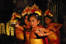 Mini_bali_dancers