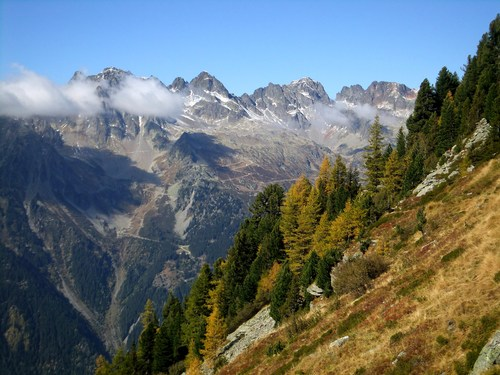 Hiking to Mer de Glace, beautiful October afternoon.