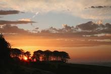 Mini_120406-054918-clouds_sunrise_
