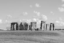 Mini_120923-081916-stonehenge-4