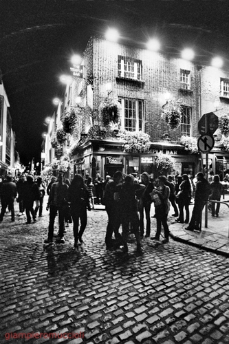 dubliners film ilford hp5 bw