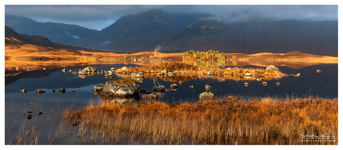 Sunday morrning, I was enjoying the silence (apart from the noise coming from passing cars behind), Glenco and its Lochan na h-Achlaise. A magic place and a breathe-taking view if you can catch the morning light. Can't get enough of this place!