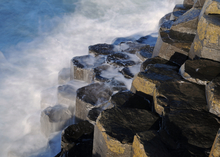 Mini_giants_causeway