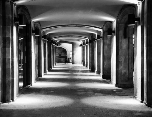 Archway on La Rambla