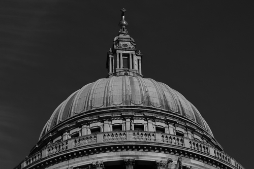 Black and white Image of the dome of St. Paul's Cathedral in London.