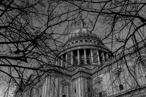 Black and white image of St. Paul's Cathedral taken from an alternative perspective.