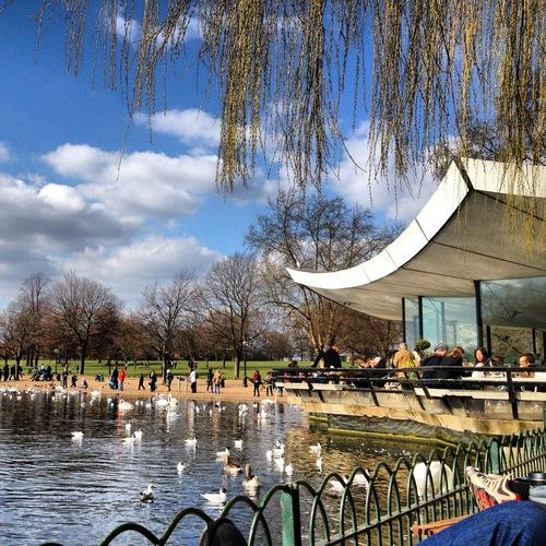 Serpentine Cafe in Regents Park