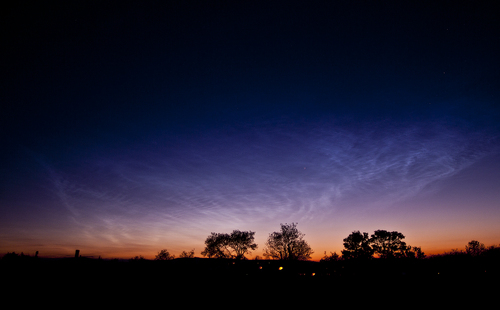 05 June 2013  I got up at 02:40 in the hope that I would see my first NLC display of the season. I was not disappointed! The season is certainly off to an impressive start, long may it continue!