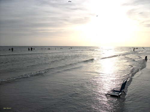 A beautiful and peaceful sunset along the gulf coast of Florida, US