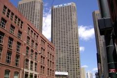 A walk through downtown Chicago
