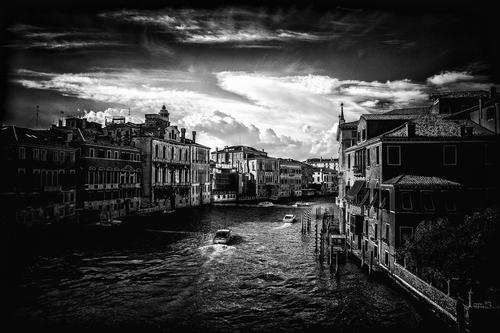Venice in bw