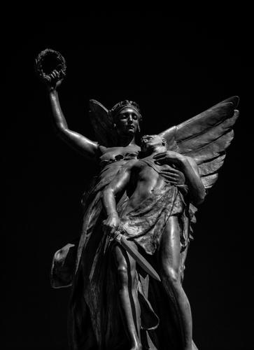 Queens University Statue, Belfast.