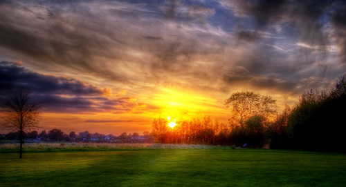 The sun sets on Loughnaneane Park, Roscommon