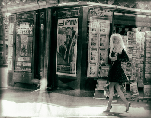Street image of a glamourous young woman