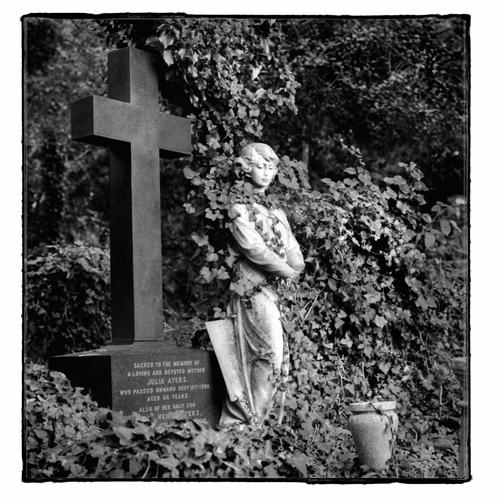 A memorial In Highgate cemetery in London