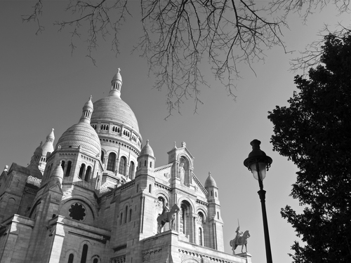 Spring morning view of the Sacre Coeur in Montmartre, Paris.