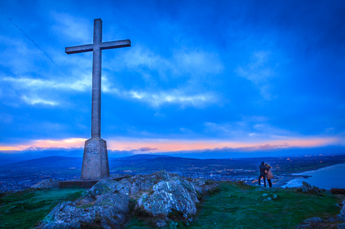 Holy cross at Bray Head
