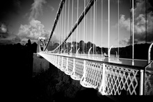 Mini_140423-114117-clifton_suspension_bridge_black