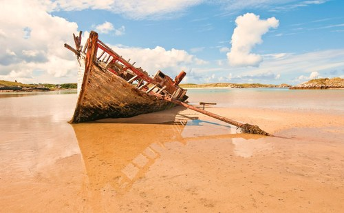 Baid Eddie is a famous boatwreck located in Bunbeg, Co. Donegal.  It was beached there in the 1970's and has lain there since and is a much-photographed wreck,