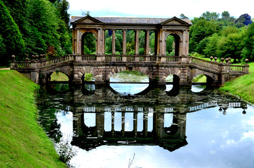 The Bridge across the lake in prior park, bath