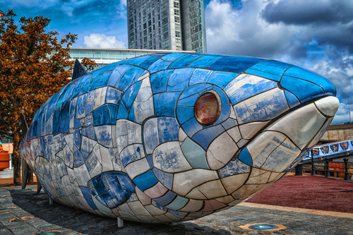 The famous fish statue located in Belfast