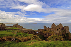 In the 1200s Richard de Burgh, Earl of Ulster, built the first castle at Dunluce.