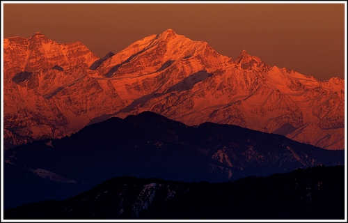 Photographed from the market in Chakrata, Uttarakhand, this place has perhaps one of the most spectacular views of the Greater Himalayas and the Zanskar Range. Chakrata is located close to the Himachal Pradesh/ Uttarakhand border and as you look east you can see Mt. Chaukhamba and other ranges that surround the the Yamunotri and Gangotri glaciers.